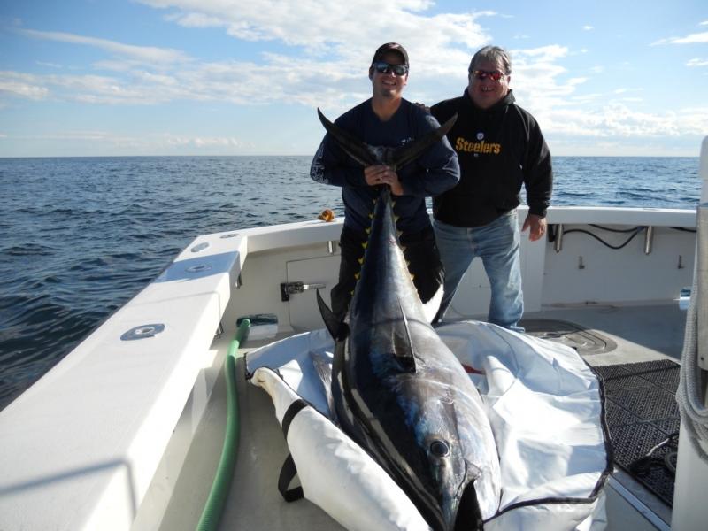 Karen Lynn Charters Giant Blue Fin Tuna Gloucester MA