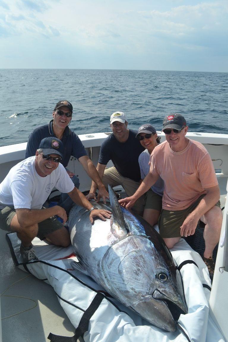 Karen lynn charters giant bluefin tuna gloucester for Tuna fishing trips